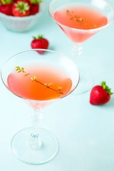 Easy and delicious Strawberry Martini!  You are going to love this fresh and fruity gin martini!  Just look at that gorgeous color and it tastes as good as it looks!  The perfect pretty summer cocktail, though that color makes it perfect for Valentine's Day or Mother's day too! Easy Cocktails, Summer Cocktails, Fun Drinks, Cocktail Recipes, Drink Recipes, Beverages, Martini Recipes, Alcoholic Drinks, Cheers