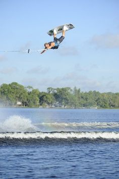 Awesome wakeboarder and just an awesome person! Snowboarding, Skiing, Wakeboard Boats, Sup Surf, Water Photography, Lake Life, Extreme Sports, Big Waves, Surfboard