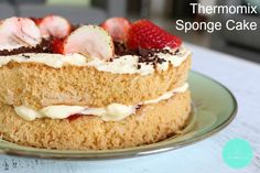 A deliciously light and fluffy Thermomix Sponge Cake filled with jam and cream. Pistachio Cake, Thermomix Desserts, Bowl Cake, Dessert Cake Recipes, Sponge Cake, Savoury Cake, Cupcake Cakes, Poke Cakes, Layer Cakes