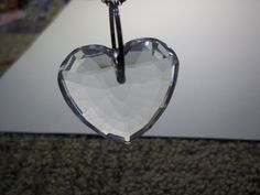 LARGE FACETED CRYSTAL HEART SILVER CHAIN NECKLACE