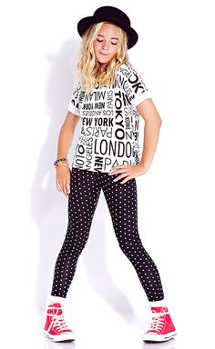 Girls Clothing - Making the Variation in Colors and Designs junior girls clothing, kids clothes, kids clothing Fashion 101, School Fashion, Kids Fashion, Fashion Sites, Emo Fashion, Fashion Advice, Fashion Trends, Outfits Niños, Outfits For Teens
