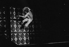 Eddie Van Halen, Solo Antics 1982 by Taylor Player