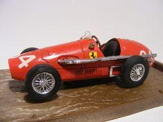 Ferrari 500 F2 180 HP 1953 1:43 Brumm R35 Red - Speelgoedenverzamelshop.nl