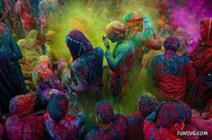 paint throwing festival in India