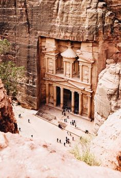 The Treasury at Petra, Jordan | #travel #wonderlust | #socialmedia | www.notjustpowder.com