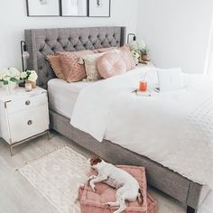 Cozy Home Decorating Ideas for Girls' Bedroom Pink Bedroom Decor, Cozy Bedroom, Trendy Bedroom, Bedroom Inspo, Bedroom Colors, Girls Bedroom, Bedroom Ideas, Master Bedroom, Teen Room Colors