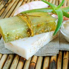 DIY-Rezept für Aloe Vera Seife mit nur 3 Zutaten - ideal bei gereizter, irritierter oder empfindlicher Haut