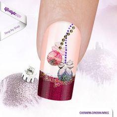 Step by Step: Glitter Ball Nails für Fortgeschrittene! Viel Spaß beim Nachmachen! http://www.lifestyle-paper.de/fortgeschrittene-glitter-ball-nails #jolifin #nailart #naildesign