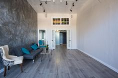 Check out this great Event space on Peerspace.com: Airy, Contemporary Lake Merritt Studio in Oakland