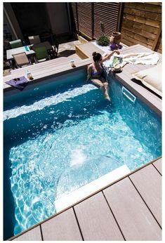 Small Swimming Pools, Small Backyard Pools, Small Pools, Swimming Pools Backyard, Swimming Pool Designs, Small Patio, Pool Landscaping, Backyard Patio, Outdoor Pool