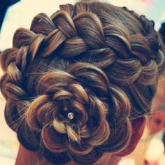 Well that is amazing!!!!     8 Braid Hairstyles Ideas - Stylebees | Stylebees