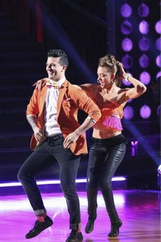 Amy Purdy and Mark Ballas dance the Salsa on week 4 of ABC's 'Dancing With The Stars' on April 7, 2014. They received 34 out of 40 points from the judges.