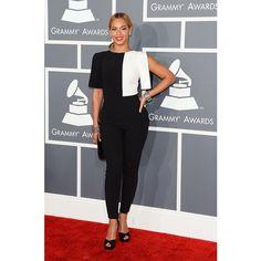 Beyonce' in Osman Yousefzada. The Best Red-Carpet Fashion at the Grammys 2013 Estilo Beyonce, Beyonce Style, Beyonce 2013, Celebrity Dresses, Celebrity Style, Celebrity Moms, Celebrity Pictures, Grammys 2013, Tom Ford