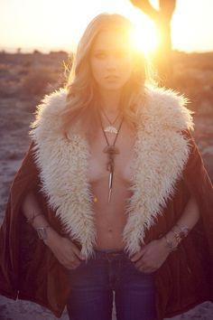 Sunrise, Sunset. @berithana in #the2bandits by @annieedmonds @szstyling @jessl8r