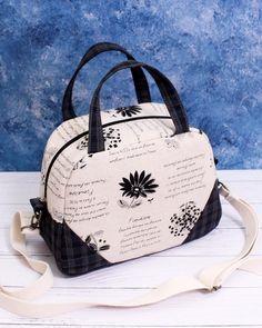 Diy Bags Patterns, Handbag Patterns, Sewing Patterns Free, Free Sewing, Free Tote Bag Patterns, Denim Bag Patterns, Diy Bag Designs, Diy Bags Purses, Sew Bags