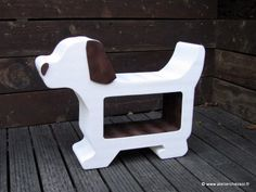 meuble en carton pour enfant, chien en carton pour rangement - Modèle de l'Atelier Chez Soi.