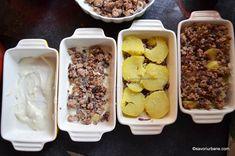 Musaca de cartofi cu carne tocata si sos de rosii reteta simpla | Savori Urbane Bechamel, Food And Drink, Beef, Cooking, Knits, Meat, Kitchen, Knit Stitches, Tuto Tricot