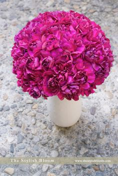 I HATE carnations, but I love them when they're in a bunch like this - Carnation Bouquet from The Stylish Bloom