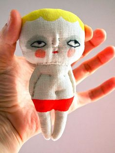 Jess Quinnhttp://www.pinterest.com/eileen2000/dolls-figures-and-or-objects-of-play/
