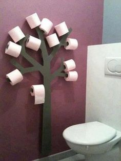 Toilet paper tree for kids bathroom. Lol they'd have the bathroom looking like it was Halloween all year I can picture toilet paper streamers everywhere! Toilet Paper Trees, Toilet Paper Holder Tree, Unique Toilet Paper Holder, Toilet Paper Humor, Toilet Paper Storage, Deco Originale, Home Projects, Wooden Projects, Home Improvement