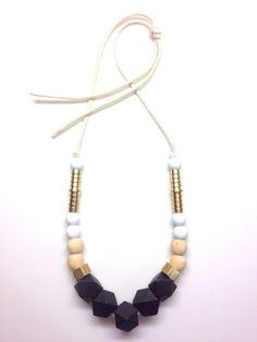 barefootstyling.com  beaded necklace | hernewtribe.com