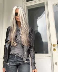 hair inspiration I expected sunshine today, but it turned out grey. Here I am to match the colours of Mordor in my oldest outfit, including the Long Gray Hair, Grey Wig, Silver Grey Hair, Gray Hair Women, Older Women Long Hair, Grey Hair Over 50, Short Hair, Grey Hair Dye, Grey Hair Inspiration
