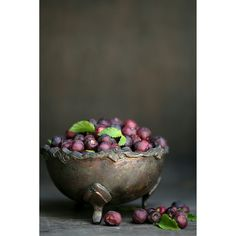 Berry love + Bowl love. Phalsa berries, quintessential Indian summer fruit.