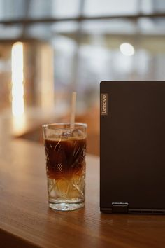 Lenovo 100s come in two options screen that is 14 inches and 15 inches with a screen resolution of 1366 x 768 pixels.For the 14-inch model of the body thickness of only about 20:32 mm while the 15-inch model of the body thickness of only about 22.86 mm#illustration #samsung #drawing #airpods #applepencil #pro #iphonex #plus #artist #promax #macbookpro #smartphone #imac #sketch #iphonexs #tech #android #procreateart #technology Laptop Brands, Mobile Computing, Notebook Laptop, Sd Card, Macbook Pro, Laptops, Smartphone, Android, Sketch