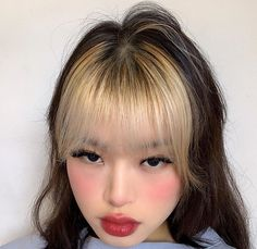 Dyed Bangs, Dyed Hair, Colored Bangs, Body Mods, Face Art, Pretty People, Ulzzang, Cool Hairstyles, Pure Products
