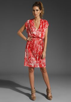 Love the color and style, super simple summer dress