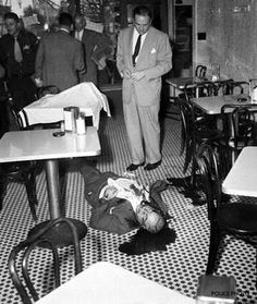 Ten Startling Mafia Crime Scene Photos