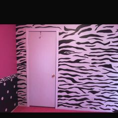 Hand drawn and painted zebra wall in the nursery! =]