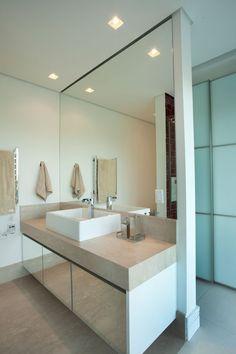 Beautiful and Elegant Residencia NJ by Pupogaspar Arquitetura
