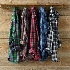 TGIFLANNEL !! #plaid #men #lumberjack #flannel #lumbersexual #shirts #hung