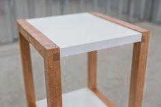 Lello side table  - www.cazzacriativa.com
