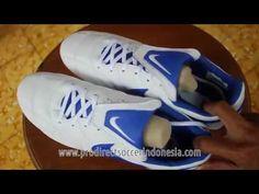 Sepatu Bola Nike The Nike Premier II FG White Racer Blue 917803 141 Original 9665fa8ff4