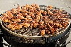 Expecting a lot of hungry folks at your Big Game bash? Well we got you covered with our recipe for outstanding BBQ Chicken for a Big Game Crowd Bbq Chicken Legs, Chicken Leg Recipes, Barbecue Chicken, Barbecue Recipes, Grilling Recipes, Cooking Recipes, Summer Barbeque, Cooking On The Grill, Food For A Crowd