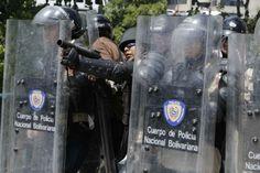 Represión de la Guardia Nacional en Bello Monte 20M 20-03-2014