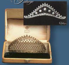 https://royal-magazin.de/german/preussen/faberge-tiara.htm