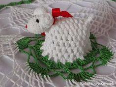 kurs_wielkanocna_serwetka_z_barankiem Crochet Amigurumi, Crochet Hats, Easter Crochet, Oita, Learn To Crochet, Crochet Accessories, Crochet Doilies, Christening, Easter Eggs