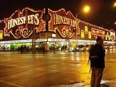 Honest Eds - Toronto
