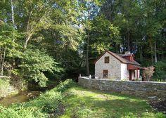 Olde Creek Cottage