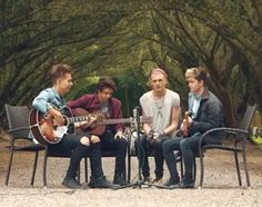 Acoustic- Somebody To You- The Vamps. i love this video!....THEY'RE SO GOOD!!!!!!!!!