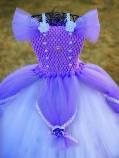 It is actually time of the year to actually be daring and find each of your life newborn baby tutu ensemble, we has been designed therefore regardless of where you're going, it's possible to show your glow! Tutu Disney, Cinderella Tutu, Disney Dress Up, Anna Tutu Dress, Princess Tutu Dresses, Baby Dress, Baby Tutu, Cute Dresses, Girls Dresses