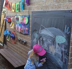balcon para niños pizarra y muchas otras ideas de zona juegos de exterior