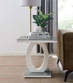 Giovani Modern Grey/White Halo High Gloss Glass Side/End Table Living Room Furniture Uk, Dining Set, Dining Table, Clean Concrete, Affordable Furniture, 2020 Design, Wood Glass, Living Room Inspiration, Timeless Design