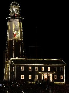 Montauk Point Lighthouse at Christmas | Flickr