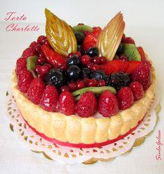 Siula Golosa: Torta charlotte di Iginio Massari Per la crema bavarese alla vaniglia e limone: