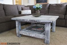 Square Coffee Table w/ Planked Top { Free DIY Plans }Square Coffee Table w… Diy Furniture Easy, Diy Furniture Projects, Coffee Table With Storage Plans, Large Square Coffee Table, Outdoor Coffee Tables, Floating Shelves Diy, Coffee Table Design, Diy Table, Decoration
