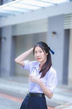 Cute Asian Girls, Beautiful Asian Girls, Asian Babies, Girls Uniforms, Schoolgirl, Students, Sweet, Tops, Baby